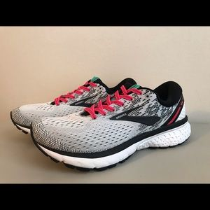 Brooks Ghost 11 - women's 8.5